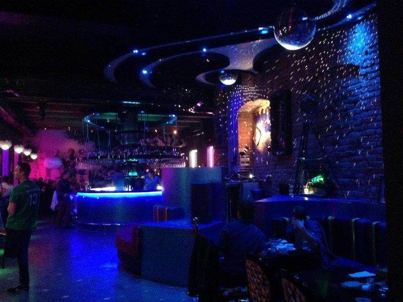 Ночные клубы чкаловская крутые клубы москвы в центре