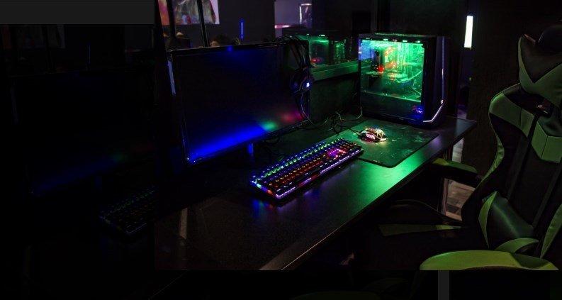 Компьютерные клубы в москве которые работают ночной клуб кедр ачинск