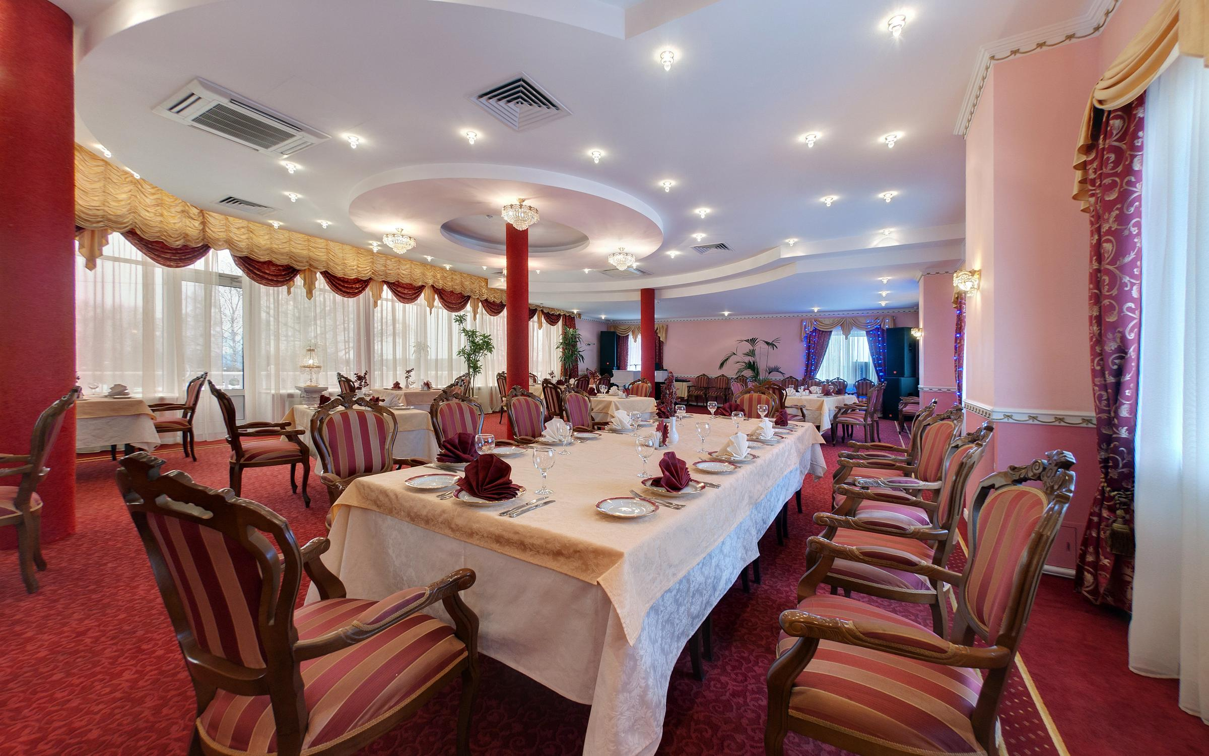 фотография Ресторана Подмосковные вечера в ТРК Барыши в Щербинке