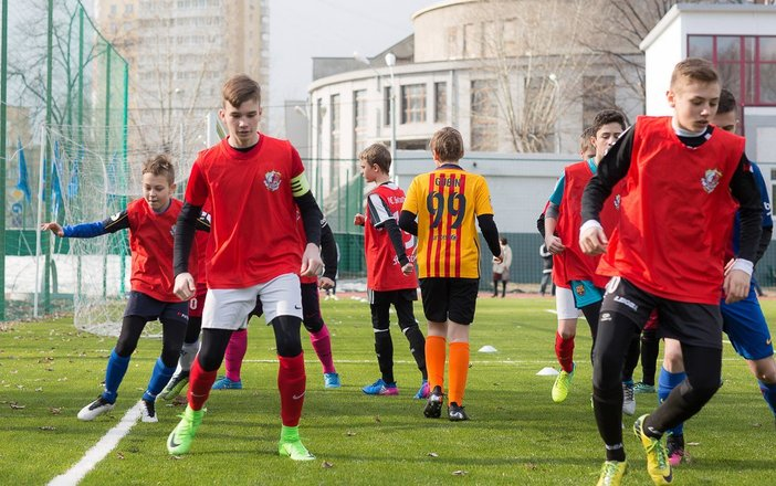 Немецкая школа футбола stuttgart