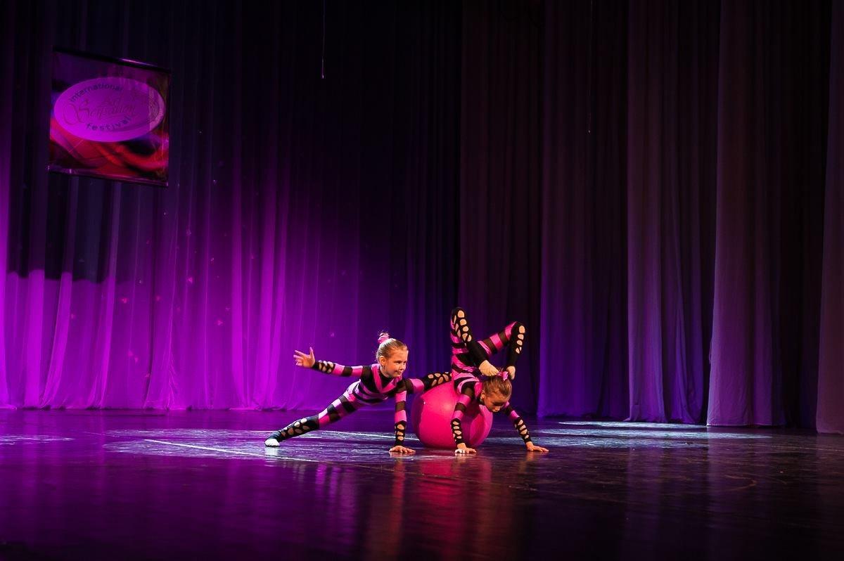 фотография Клуб оздоровительной гимнастики для детей ФИЗКУЛЬТПРИВЕТ! в Советском районе