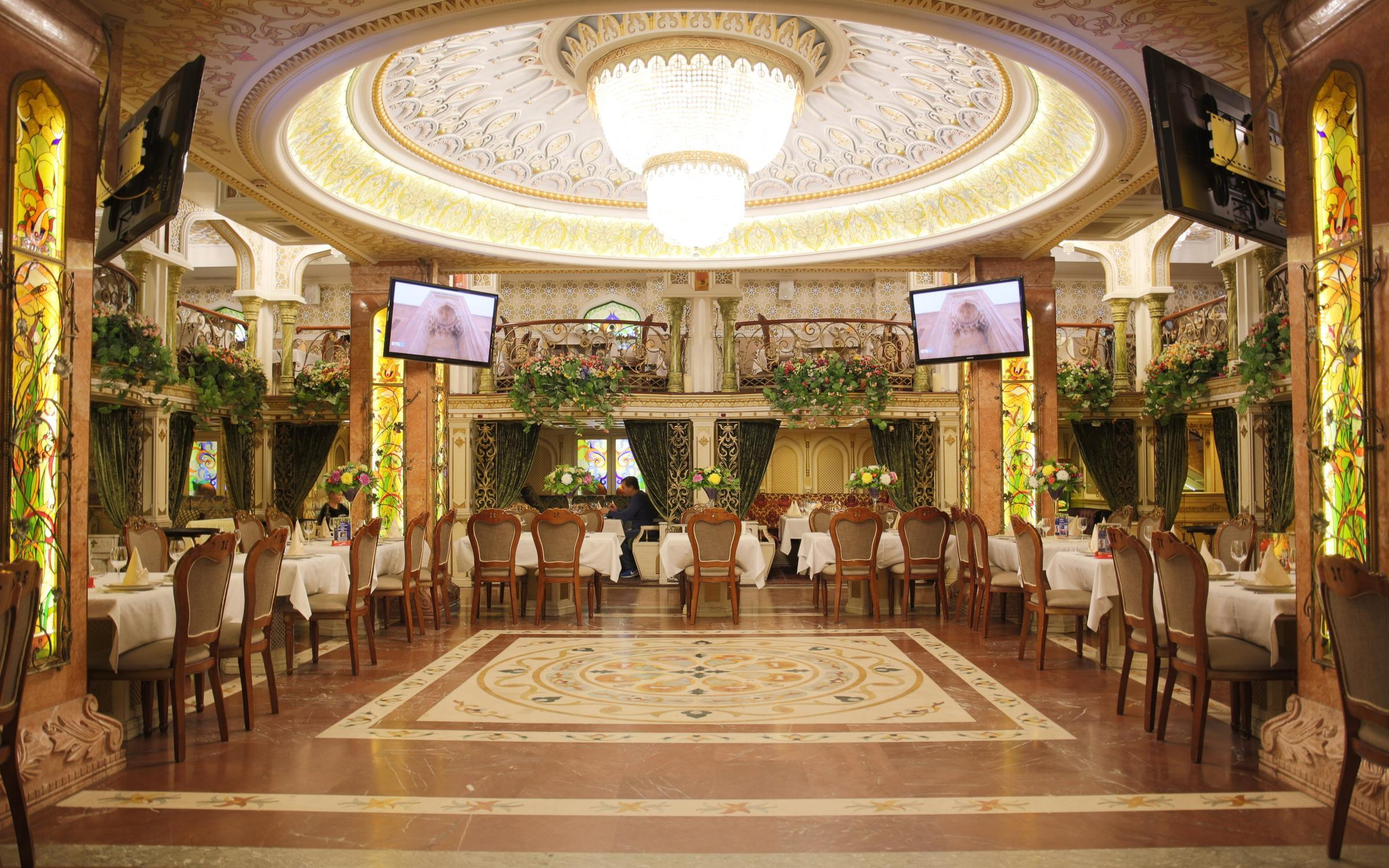 Азербайджанские клубы в москве ночные клубы для 14 лет