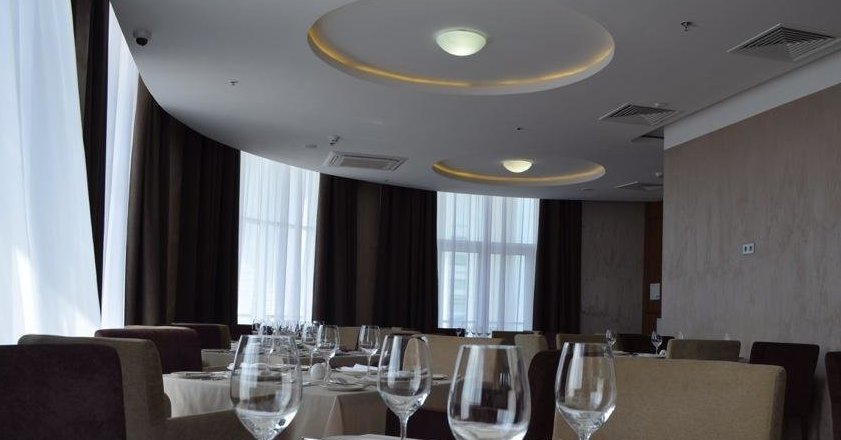 фотография Ресторана Parterre в отеле Tulip Inn Омега