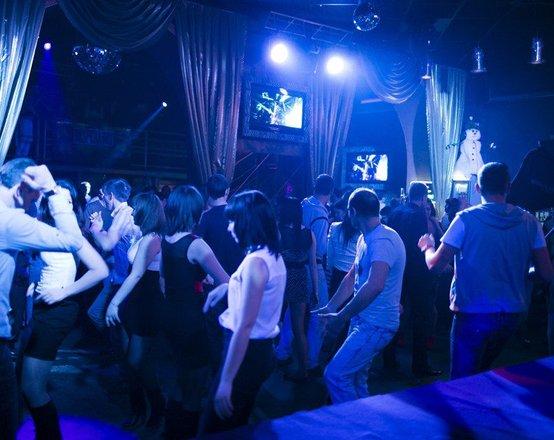 Ночные клубы охранники нижний новгород кафе клуб в аренду в москве