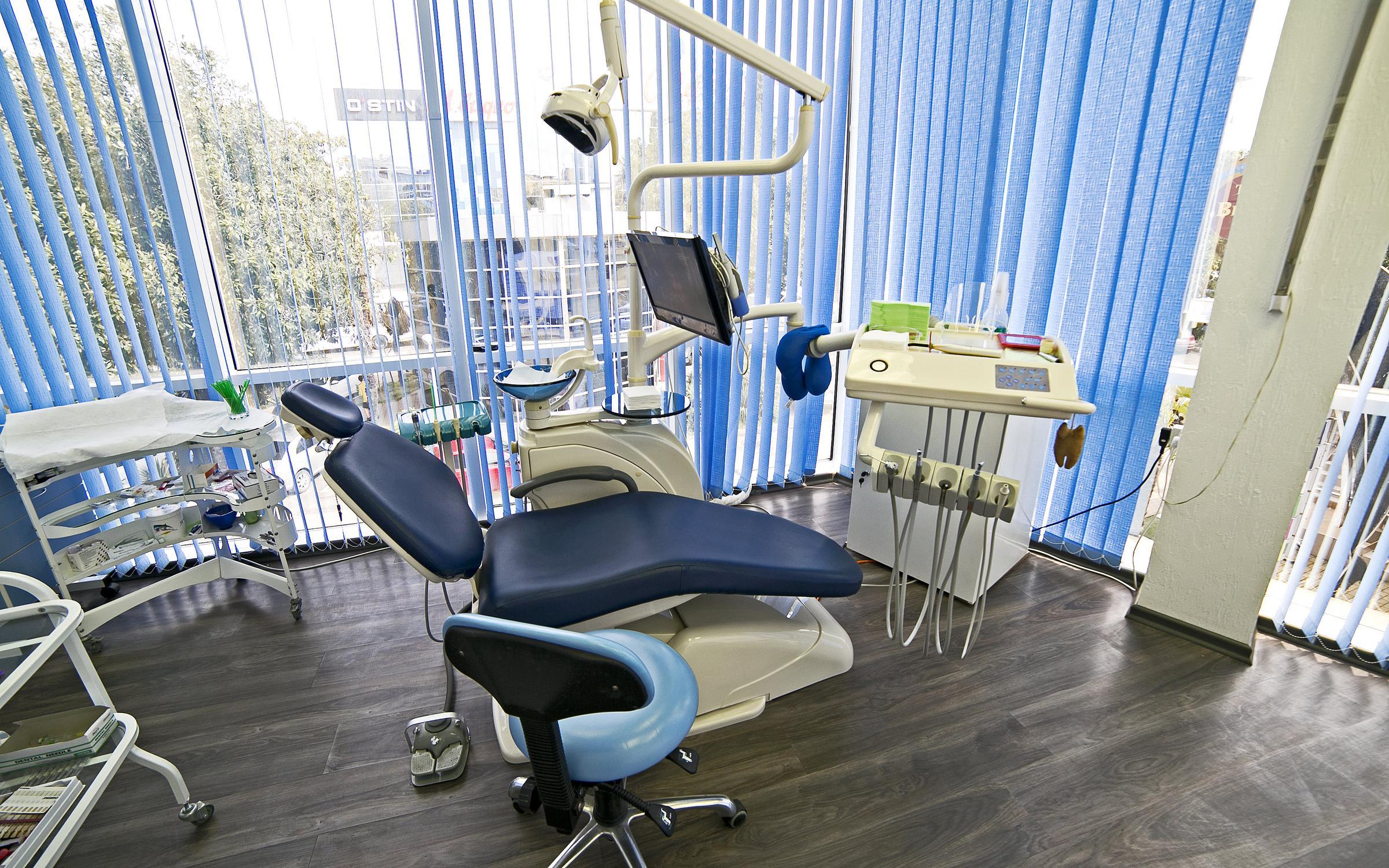 фотография Стоматологической клиники Кристалл-Дент в Адлере