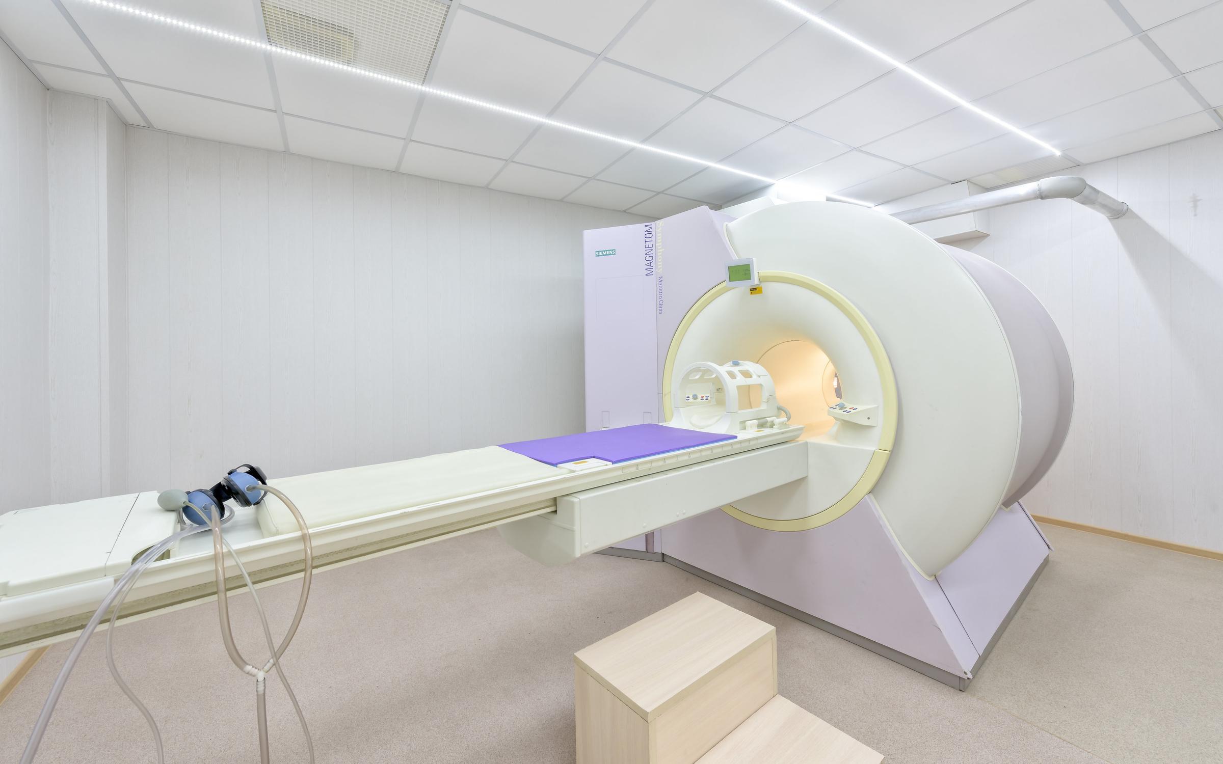 Неврологи поликлиники 120