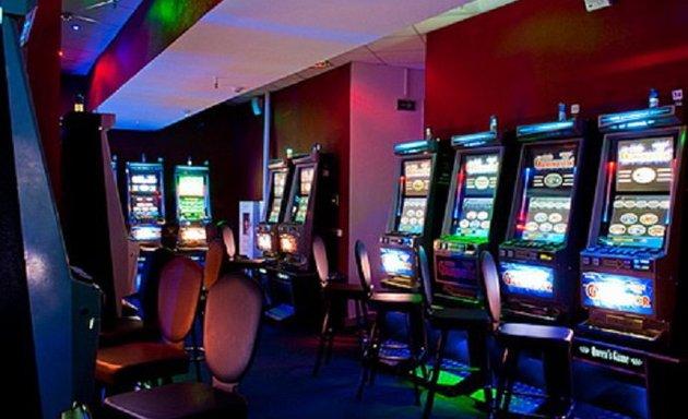 Игровые автоматы минск рядом рейтинг слотов рф игровые автоматы играть сейчас бесплатно лягушка