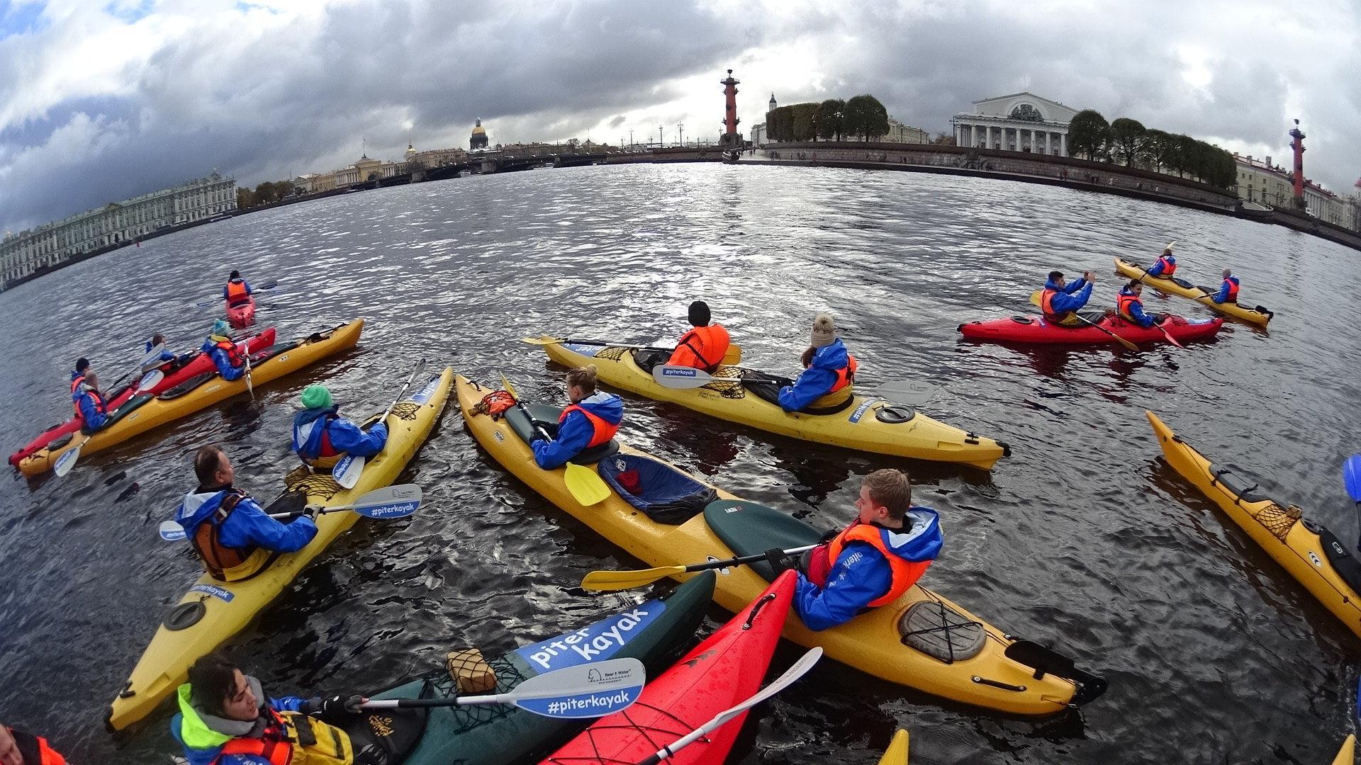 фотография Турклуба ПитерКаяк на набережной канала Крюкова, 26