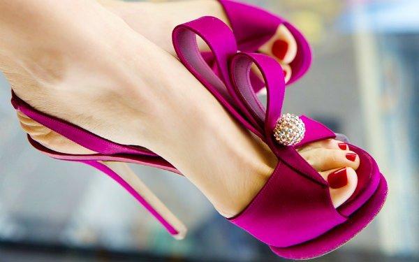 Фото педикюра на каблуках