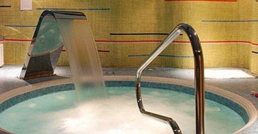 Мужчины геи моются видео в бане