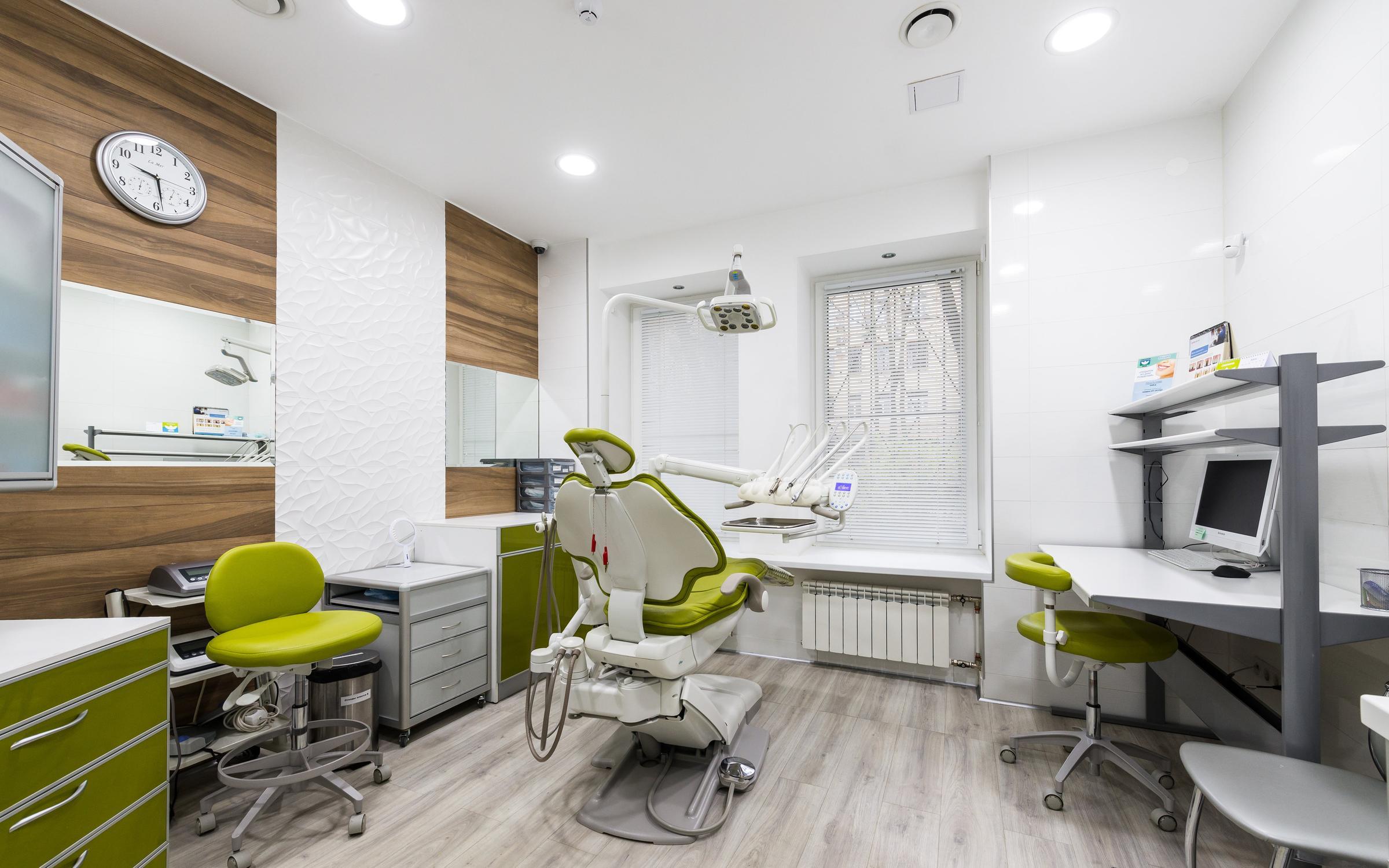 фотография Стоматологической клиники Якоб на 6-й линии В.О.