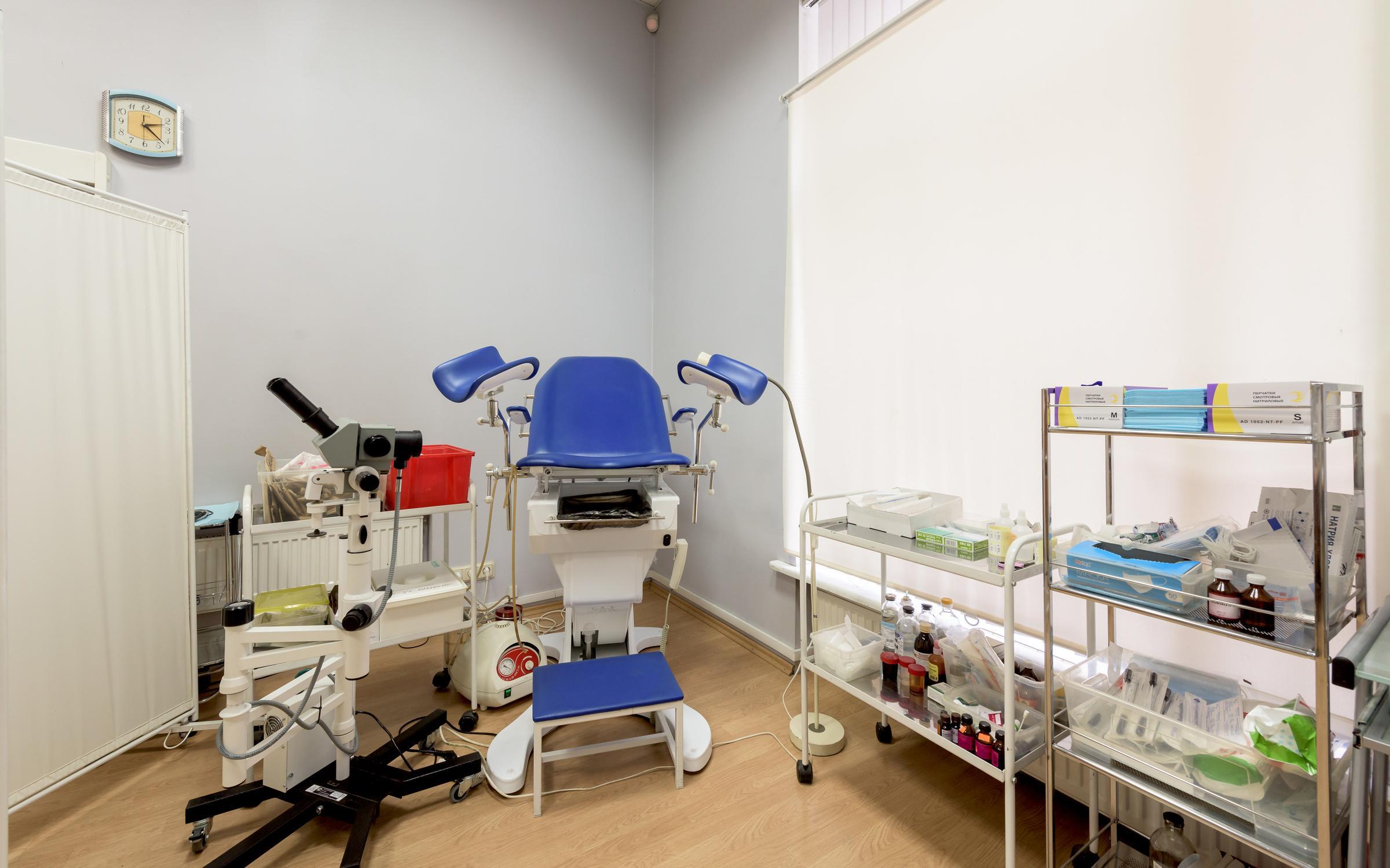 Сайт городской стоматологической поликлиники 4
