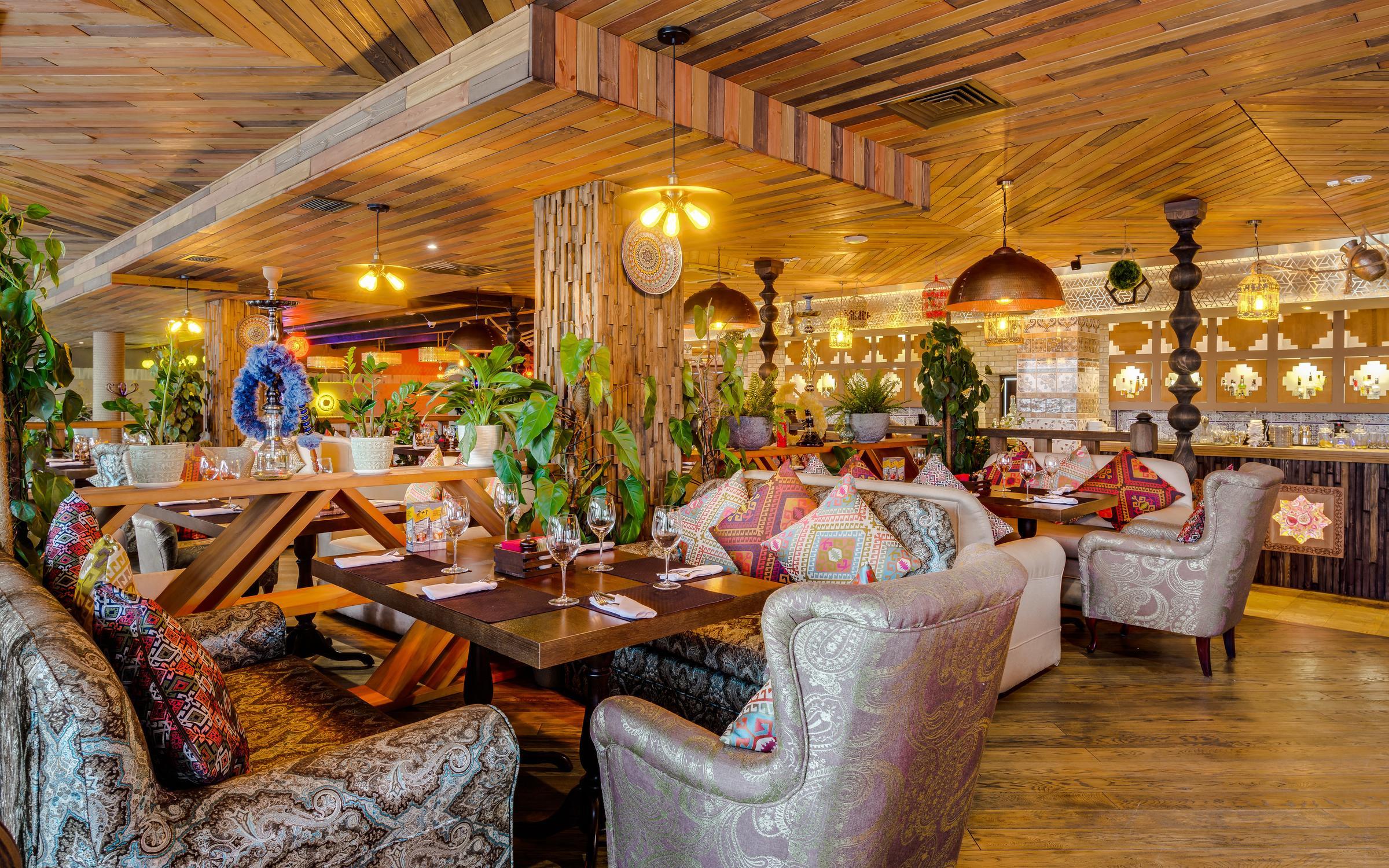 фотография Ресторана Чайхана Инжир на метро Комсомольская