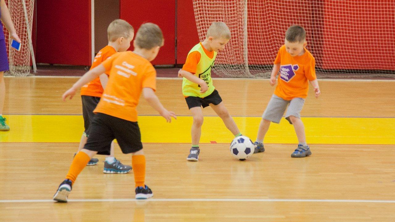 фотография Детского футбольного клуба Чемпионика в Лобне