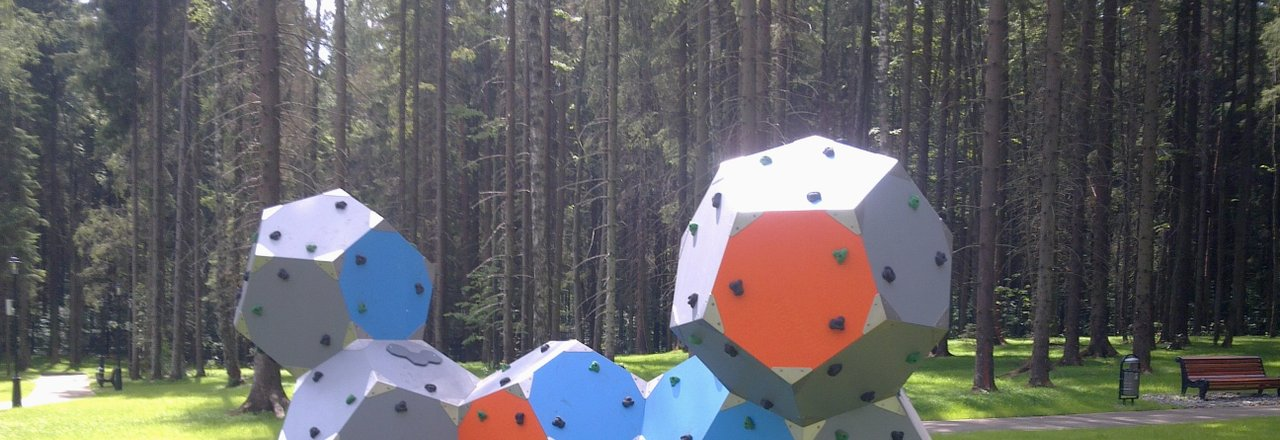 фотография Компания по строительству детских площадок PlayМонтаж в ТЦ Искра
