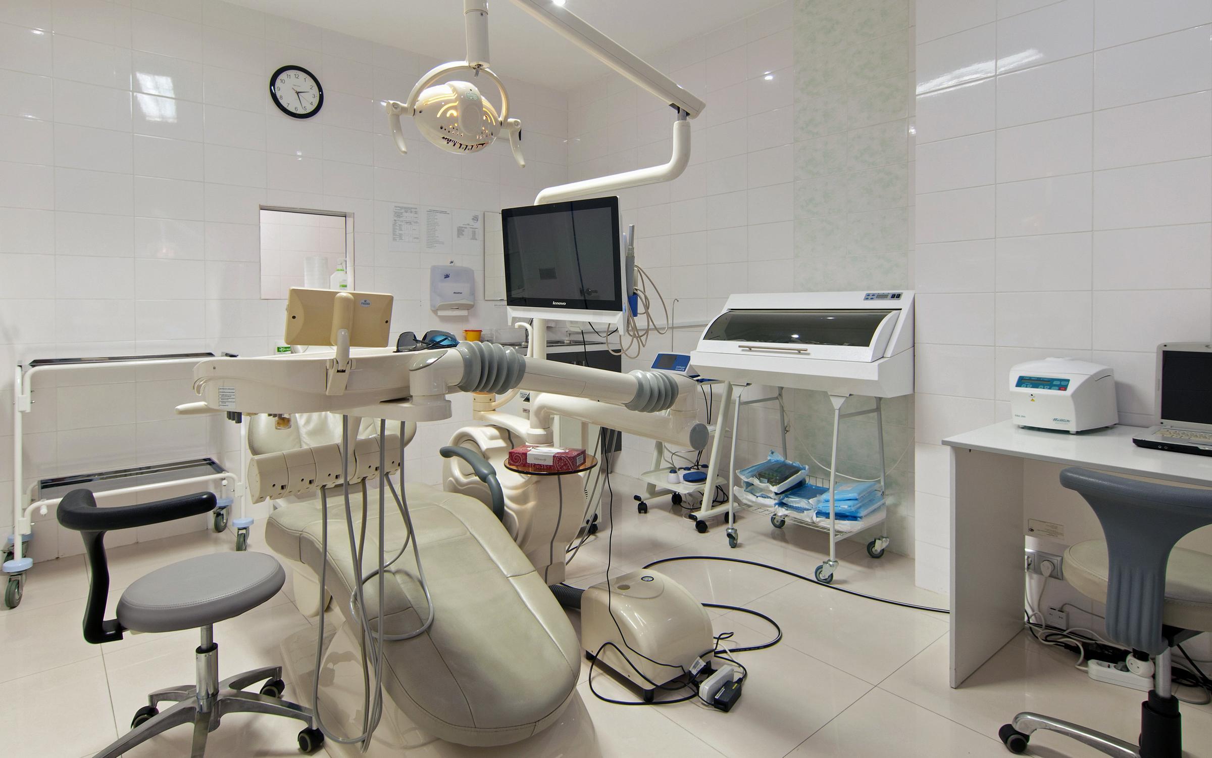 фотография Клиники реконструктивной стоматологии Статус на метро Аэропорт