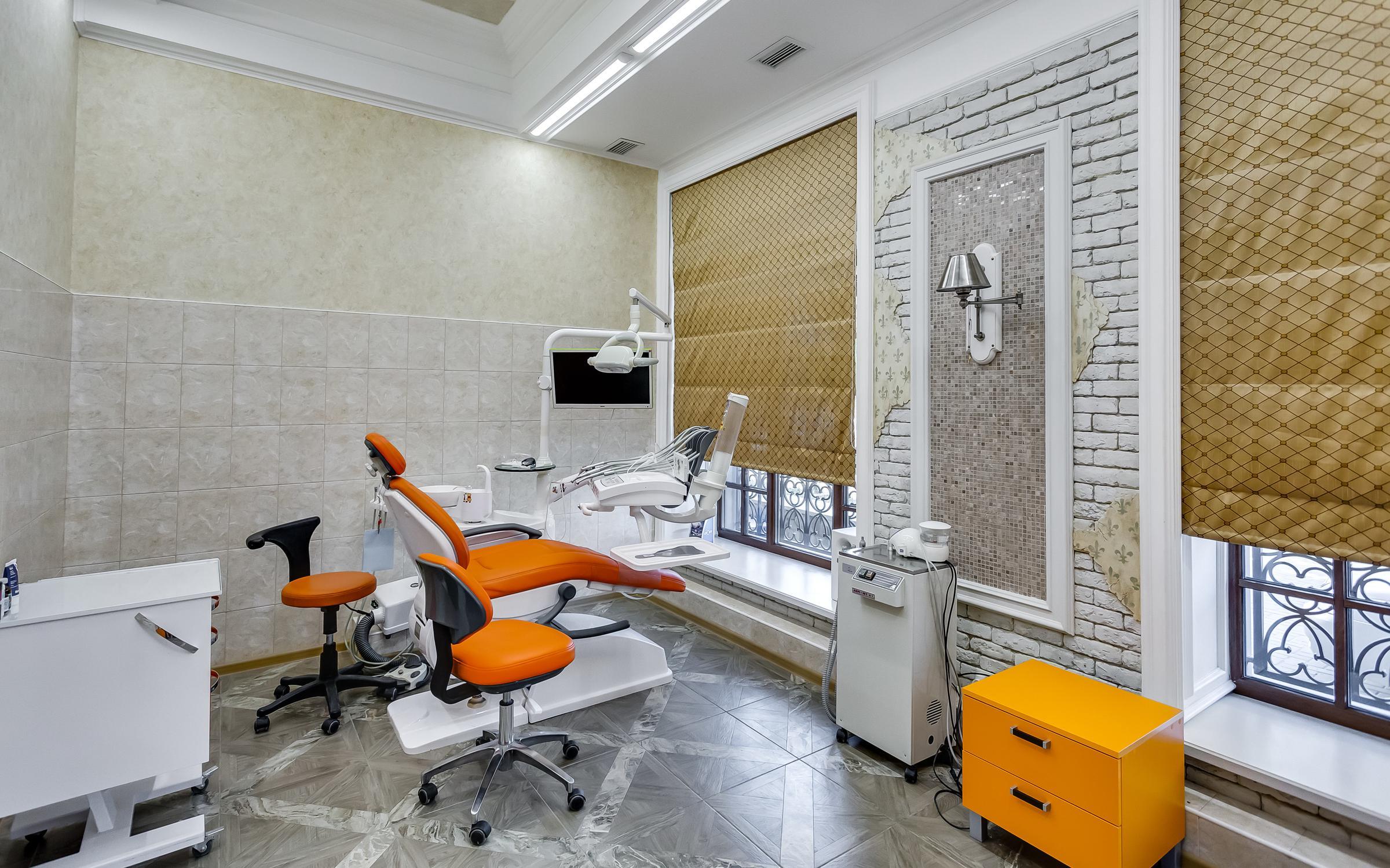 фотография Стоматологической клиники Доктор Келлер на бульваре Комарова
