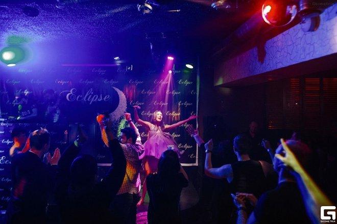 Эклипс клуб москва 15 парковая ночные клубы работа барменом в