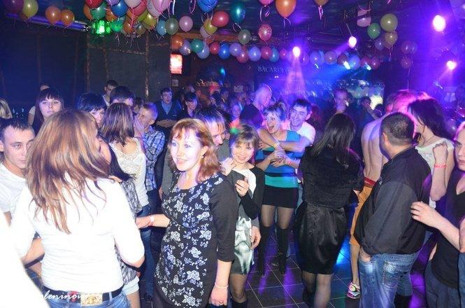 Солнечный удар ночной клуб саратова ночные клубы в г хабаровске