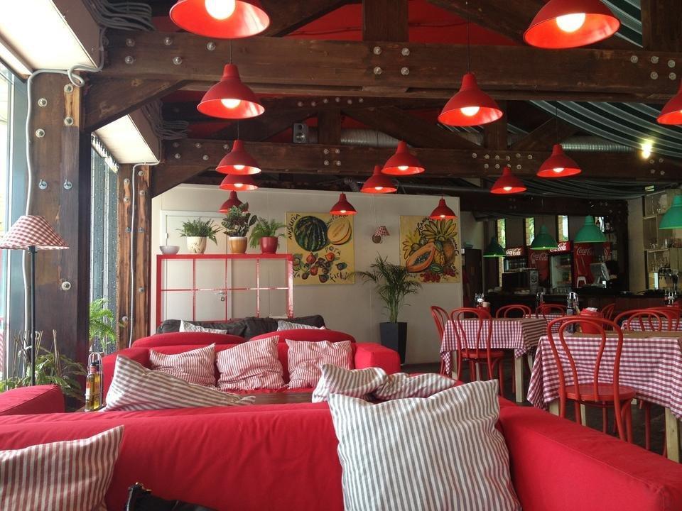 фотография Сеть итальянских кафе Меркато в парке Сокольники