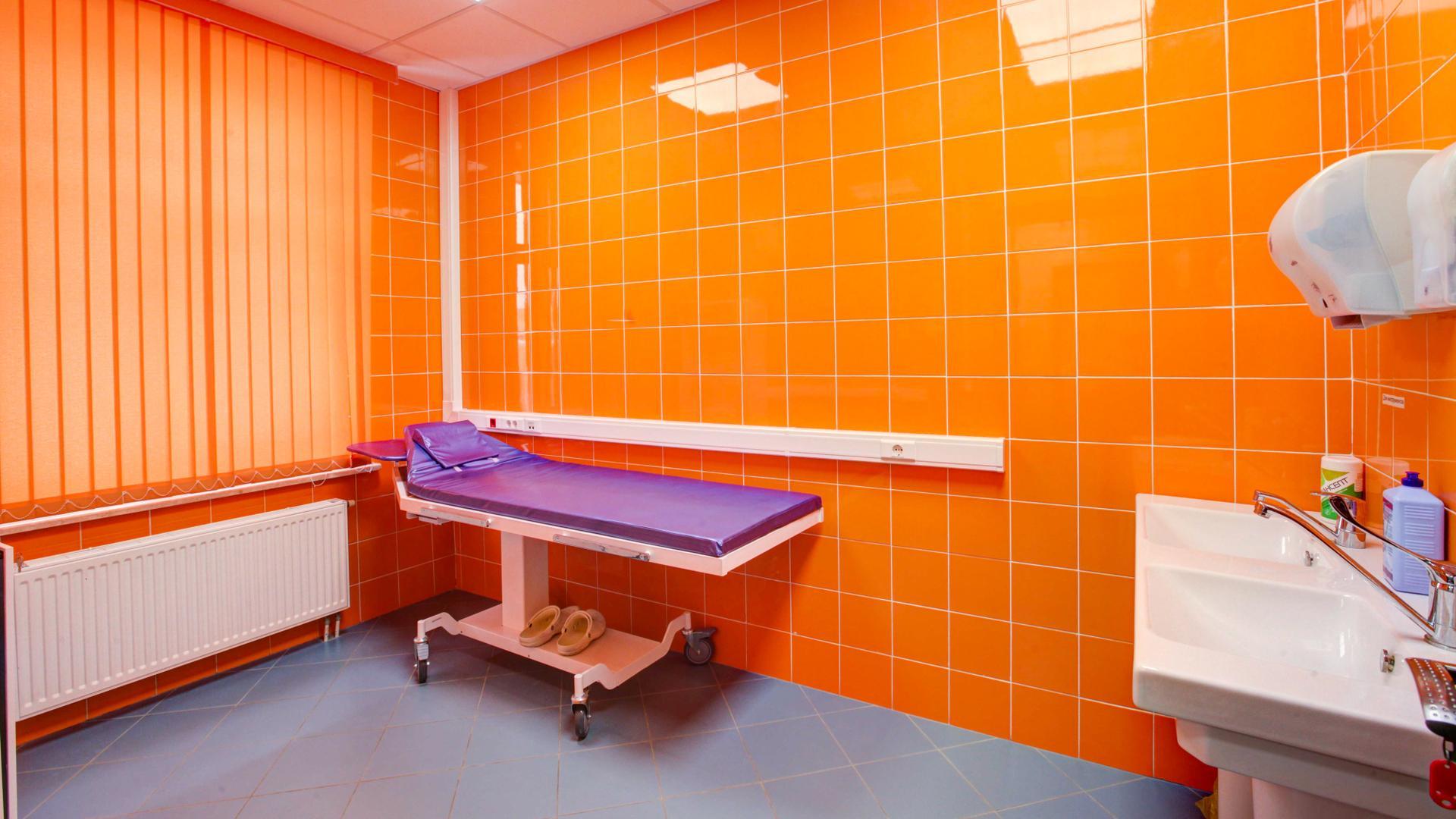 Госдума рассмотрит законопроект, предусматривающий запрет на оказание платных услуг в государственных поликлиниках