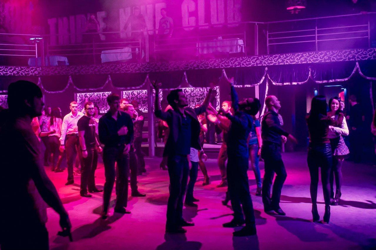 Ночные клубы саратова арс маяк клуб москва для девушек