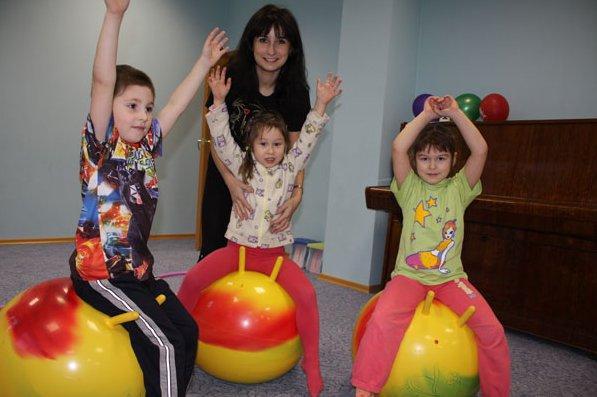 фотография Клуб для детей и родителей Весёлый паровозик на улице Композиторов
