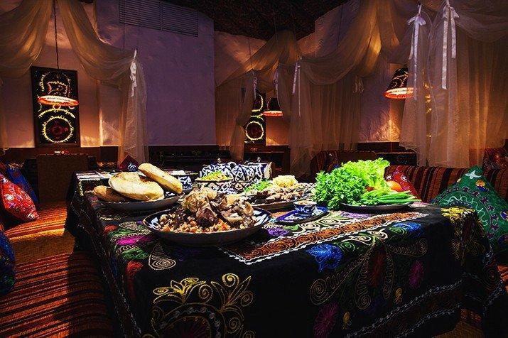 фотография Сеть лаунж-кафе Бухара на проспекте Победы