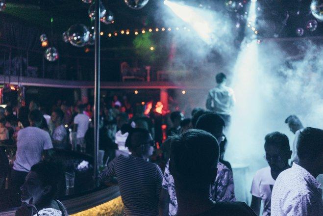 Би клубы москвы отзывы 2018 работа в клубах в ночном городе