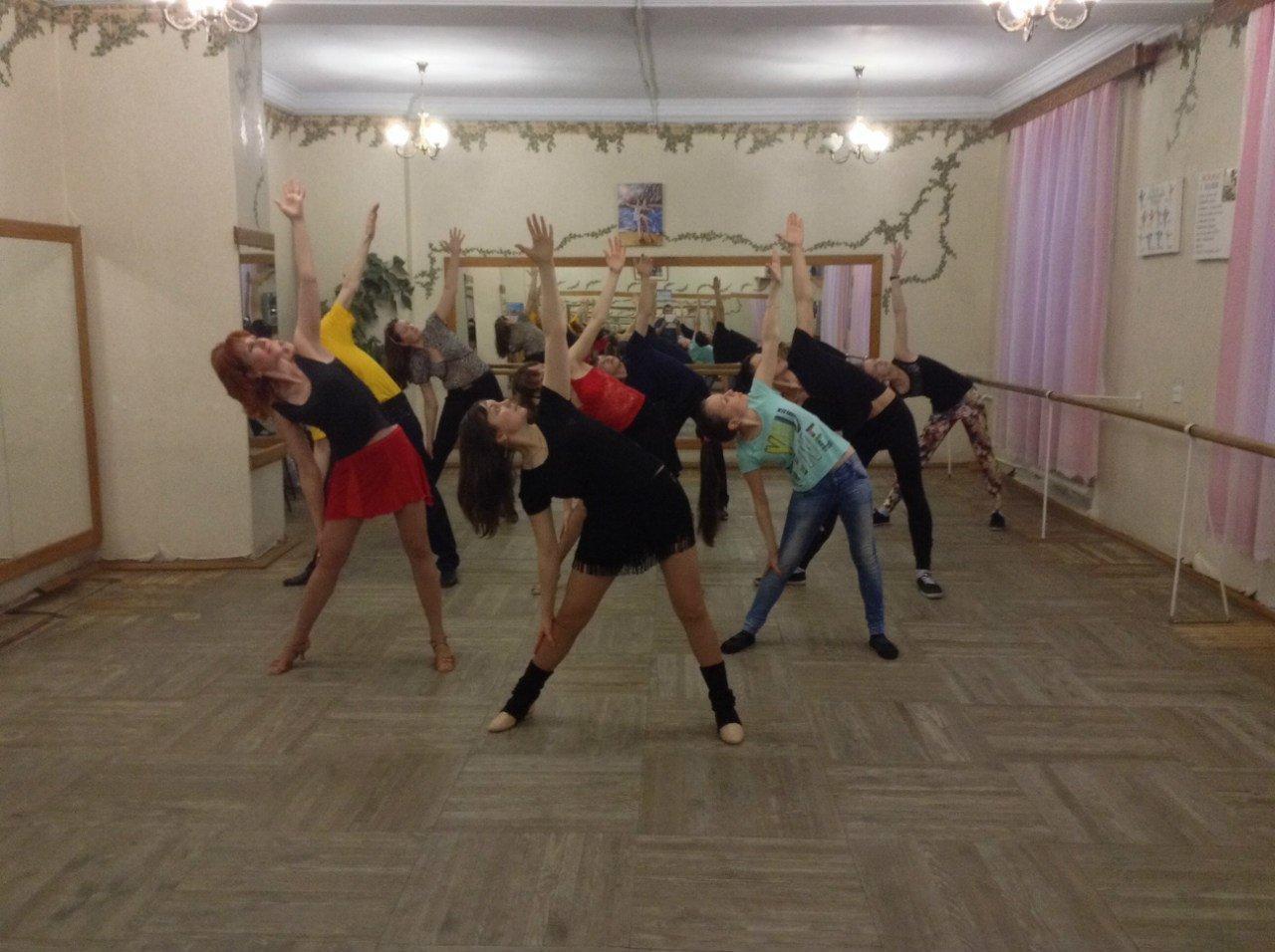 фотография Студия фитнеса и танца In action